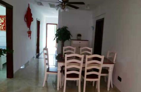 三亚胜利里路,三房出租,房子刚装修过,干净整齐