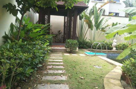 亚龙湾别墅,豪华装修,带私家泳池1300万!